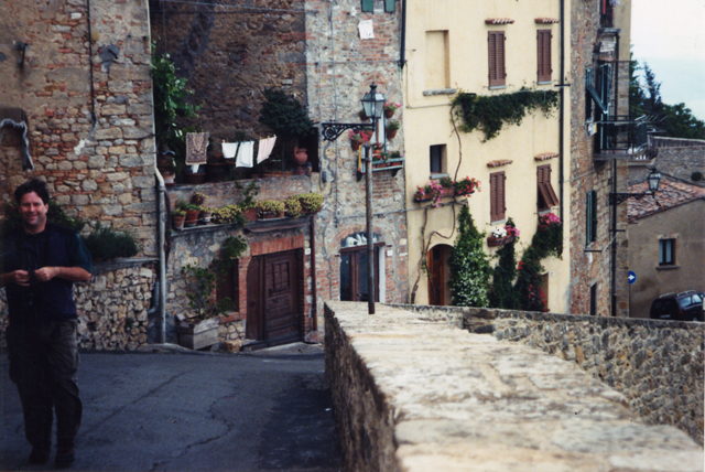 Volterra Time-less-images