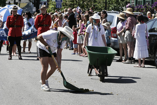 Always clean up after a parade