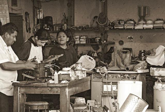 Time-less-images Family Affair Cholula Mexico